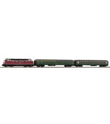 Starter Set BR 220 w 2 Express Coaches, epoch IV