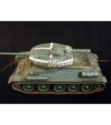 1:16 WWII Soviet T-34/85,Kurland ,Eastern Front ,1944 (Finished model)
