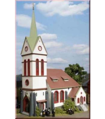 Small town church   H0