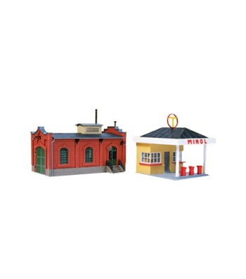 Gas station with car workshop