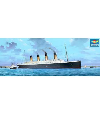 1:200 R.M.S. Titanic w/LED Lights