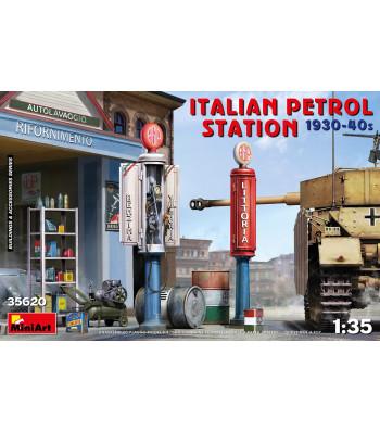 1:35 Italian Petrol Station 1930-40s