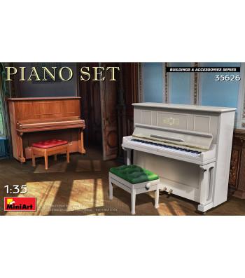 1:35 Piano Set