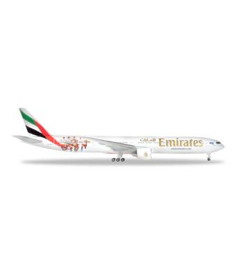 """EMIRATES BOEING 777-300ER """"HAMBURGER SV"""" - A6-EPS"""