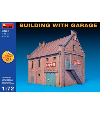 1:72 Building with Garage