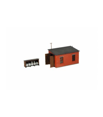 Narrow gauge engine shed with service station