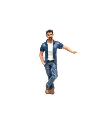 FIGURINES - HANGING OUT - MARK