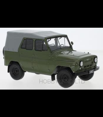 UAZ 469, green