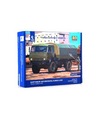 "KAMAZ-4350 ""Mustang"" flatbed truck - Die-cast Model Kit"