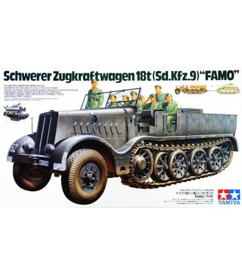 1:35 German 18-Ton Heavy Half-Track FAMO - 8 figures