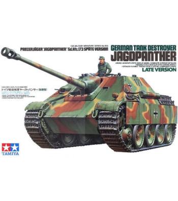 1:35 German Tank Destroyer Jagdpanther Late Version - 1 figure