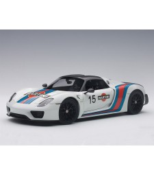 Porsche 918 Spyder 2013 Weissach Package, White Martini Livery - composite model with full openings