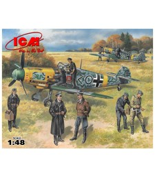 1:48 Bf 109F-2 with German Pilots and Ground Personnel (4 pilots, 3 mechanics)