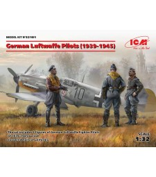 1:32 German Luftwaffe Pilots (1939-1945) (3 figures) (100% new molds)