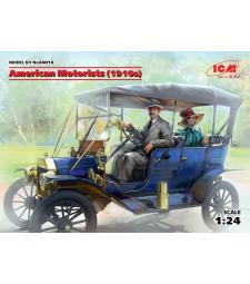 1:24 American Motorists (1910s) (1 male, 1 female figures) (100% new molds)