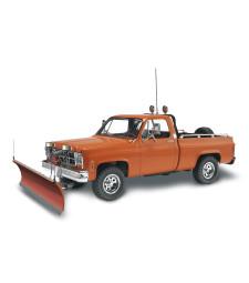 1:24 GMC Pickup w/ Snow Plow