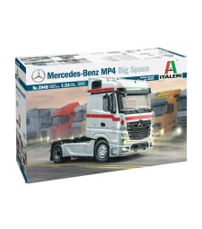 1:24 MERCEDES BENZ MP4 BIG SPACE