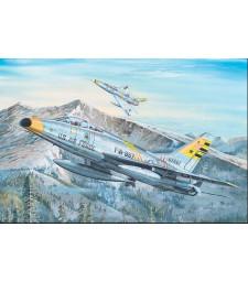 1:32 F-100F Super Sabre