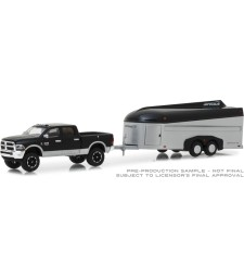 2017 Ram 2500 with Aerovault MKII Trailer Solid Pack - Hitch & Tow Series 15