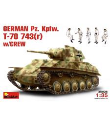 1:35 German Pz.Kpfw. T-70743(r) w/ Crew - 5 figures
