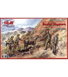 1:35 Soviet Sappers (1979-1988) (4 figures - 3 soldiers, 1 sapper, donkey figure, dog figure)