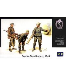 1:35 German Tank Hunters, 1944 - 3 figures