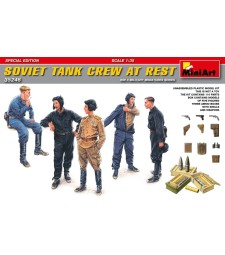 1:35 Soviet Tank Crew at Rest - Special Edition - 5 figures