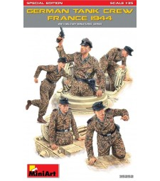 1:35 German Tank Crew (France 1944), Special Edition - 5 figures