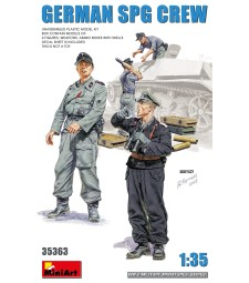 1:35 German SPG Crew