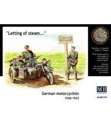 1:35 German motorcyclists, 1940-1943  - 3 figures