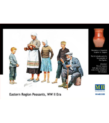 1:35 Eastern Region Peasants, WW II era - 5 figures