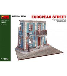 1:35 European Street