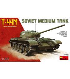 1:35 T-44M