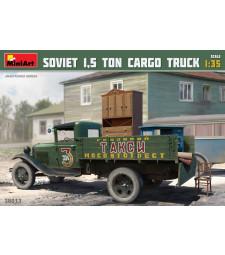 """1:35 Soviet 1,5 ton Truck AA Type """"Polutorka"""""""