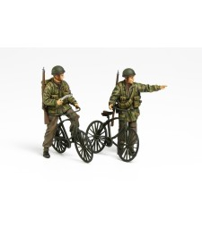 1:35 British Paratroopers & Bicycle set