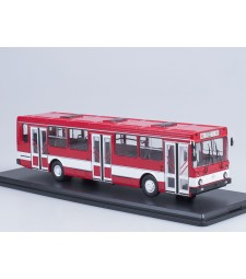 LIAZ-5256 city bus /red-white/