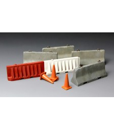 1:35 CONCRETE & Plastic BARRIER SET