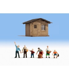 In the Garden Plot (H0) - 6 figures and a building for diorama