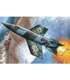 1:72 Rocket A4b (piloted version)