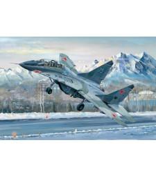 1:32 Russian MIG-29UB Fulcrum