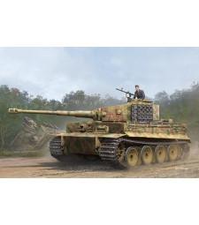 1:35 Pz.Kpfw.VI Ausf.E Sd.Kfz.181 Tiger I (Medium Production) w/ Zimmert