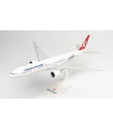 "1:200 TURKISH AIRLINES BOEING 777-300ER - TC-LJK ""IZMIR"" - snap-fit"