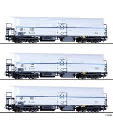 Freight car set of the BDZ with three different refridgerator cars FKM 4, epoch III