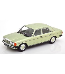 Mercedes 280E W123 1977 lightgreen-metallic Limited Edition 1000 pcs.