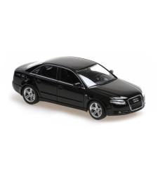 AUDI A4 - 2004 - BLACK - MAXICHAMPS