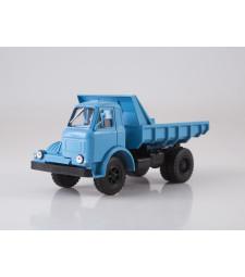 MAZ-510 dump truck
