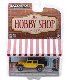 The Hobby Shop Series 8 - 2015 Jeep Wrangler Unlimited Rubicon Hard Rock with Backpacker Solid Pack