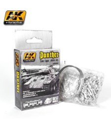 AK682 1:35 PANTHER TANK TRACK LATE TYPE 1944-45 - Tank Tracks