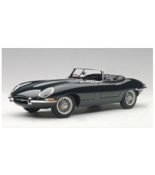 Jaguar E-Type Roadster Series I 3.8 (green) (with metal wire spoke wheels) 1961