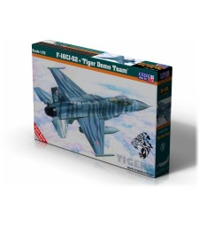 1:72F-16CJ-52+ Tiger Demo Team